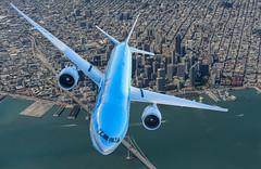 korean air over san francisco (pbo31) Tags: sanfranciscointernational over koreanair boeing 777 flight travel fly blue color september pbo31 boury plane airline aviation cut paste nikon d810 2018 sfo california