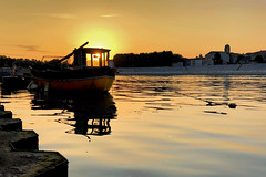 Sunrise over the Rhone (le cabri) Tags: arles provence sunrise sun window sunthroughwindow sky yellow boat old rhone water river mood morning quiet peaceful viewpoint outdoors architecture tourism travel iphone ancient history cloud soft morningrun reflexion landscape