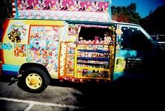 New truck 1 (jfpj) Tags: icecream icecreamtruck bright colorful film fuji fuji400film lowresolution 35mm plasticcamera plasticlens plastic toycamera trashcam superheadzultrawidelens vivitar vivitarultrawideandslim