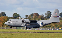 """rch271"" usaf c-130h 92-3284 landing at shannon from eindhoven 24/9/18. (FQ350BB (brian buckley)) Tags: rch271 usaf c130h einn 923284 flyingvikings"