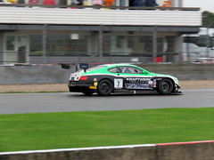 #7 Team Parker Racing - British GT Championship, Donington Park 2018 (Dave_Johnson) Tags: britishgt britishgtchampionship gt sport motorracing motorsport carracing car cars automobile racing race racer donington doningtonpark castledonington eastmidlands leicestershire callummacleod ianloggie