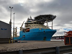 IMG_20180922_104146 (LezFoto) Tags: huawei huaweimate10pro mate10pro mobile cellphone cell blala09 huaweiwithleica leicalenses mobilephotography duallens aberdeenharbour aberdeen scotland unitedkingdom maerskinventor