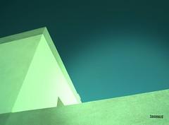 ZOOMARD ARCHI MODERN (Photographe immobilier Côte d'Azur Zoomard) Tags: archi architecture modern immobilier immo longitudinal contemporain style house frenchphotographer zoomardphotos beton structure bien photographeimmo frenchriviera cotedazur villa formes americaine droites architecte architecturale design