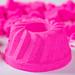 Pink igrushechniy cake from kinetic sand