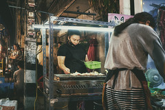 (a└3 X) Tags: street alexfenzl color farbe people olympus person streetphoto streetphotography 3x city citylife urban a└3x menschen availablelight wow leute menschenbilder thailand ciangmai