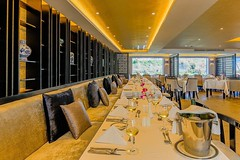 Looking for the most expensive and luxury Yangtze River cruise ship? The Sanctuary Yangzi Explorer would be your choice. Early booking discount is up to 25% off. Even the basic cabin is 30 sq.m, the largest entry level of their kind on the Yangtze River. (yangtze-river-cruise) Tags: yangtzerivercruise threegorgescruise