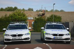 Searching (S11 AUN) Tags: cleveland police bmw 330d 3series touring anpr traffic car roads policing rpu 999 emergency vehicle nx67eap nx67eay