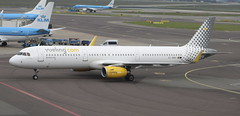 EC-MMH Airbus A321-231SL Vueling Airlines (lee_klass) Tags: ecmmh airbus airbusa321 airbusa321231sl a321 vy vlg vuelingairlines aviation aviationphotography aviationspotter aviationenthusiast aviationawards aeroplane sharklet aircraft aircraftphotography aircraftspotting jetaircraft airliner jetairliner canon canonaviation canoneos750d canonef75300mmf456 ams netherlands eham amsterdamschipholairport schipholairport schiphol amsterdam jet jetliner plane planespotting twinenginedjet travel transport airtransport airtravel vehicle
