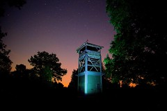 Snelsmore Common Fire Tower at night (ebalch) Tags: snelsmorecommon snelsmore common newbury berkshire donnington westberkshire berks tower night stars wood sky tree canon 5d ebalch autumn silhouette