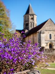 Eglise de Jumilhac-le-grand (Daniel_Hache) Tags: jumilhaclegrand dordogne france fr flowers sky eglise ciel church fleurs