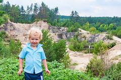 _DSC1485.jpg (Kaminscy) Tags: roztocze zamojszczyzna stonepit forest rocks jozefow europe boy poland józefów lubelskie pl