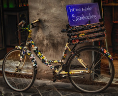 Homemade sandwiches (Leaning Ladder) Tags: rome italy italia bicylcle signs campodefiore canon 7dmkii leaningladder