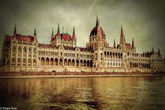 Budapest.- (Charo R.) Tags: budapest hungria canon edificio