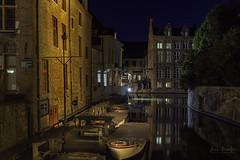 Rincones (Luis R.C.) Tags: brujas bélgica paisajes urbanas edificios nocturnas viajes nikon d610
