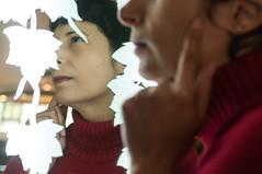 O FABULOSO Mundo de Grazzie (Simone Sattler) Tags: ofabulosomundodegrazzie ofabulosodestinodeaméliepoulain fabuloso amélie poulain mundo destino inspiração filme releitura cores retratos portraits fato ficção lúdico intrigante inspirador grazzie frança petrópolis brasil brazil verde vermelho amarelo antigo curioso ingenuidade charme mulher woman mujer romantismo romance aventura sonho sonhar