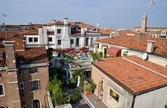 Venice Rooftops (One more shot Rog) Tags: venice italy northernitaly venetian gondola gondolier boat boats rialtobridge stmarkssquare onemoreshotrog bridge grandecanal rialto canal canals river