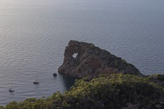28.La foradada, Palma de Mallorca. (Manupastor43) Tags: mar isla nature landscape laforadada palmademallorca españa 200d eos canon