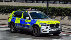 BX66HFG (firepicx) Tags: met police metropolitan uk 999 british emergency vehicle patrolling london policing bx66hfg armed arv firearms