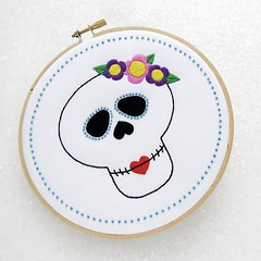 The #SugarSkull or #CandySkull is a traditional Mexican decoration for the The Day of the Dead and has been adopted as a #Rockabilly symbol. This embroidery kit is a would make a great design to make your own quirky, handmade #halloween decoration (ohsewbootiful) Tags: ifttt instagram embroidery etsy etsyuk gifts giftsforher homedecor hoopart fiberart handembroidery handmade etsyseller embroideryhoop shophandmade handmadegifts decor wallhanging bestofetsy instaart hoopsofinstagram madebyme stitchersofinstagram