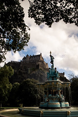 Stretch for the Castle (Exploring...) Tags: architecture blue castles colours daysout edinburgh edinburghcastle europe events gardens historic holidays lightroom nikon nikond5500 rossfountain scotland tamron techniques touristattractions uk westprincesstreet