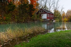 Niagara Beauty (john-law@rogers.com) Tags: twelvemilecreek autumn autumncolours goldenhorseshoeregion green reflectioninwater nature water landscape ontario canada niagaraescarpment fall morningstarmill decewfalls