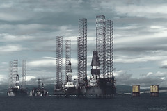 . the black gold (. ruinenstaat) Tags: tumraneedi ruinenstaat schottland scotland oil drilling platform stereotopie uk bohrinsel rig