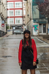 Irene (Javipe foto) Tags: girl chica lluvia portrait photography photo coruña agua water rain spain acor acoruña galicia españa beautiful bonito sesion fotografía fotos rojo negro ciudad city bolso sweet