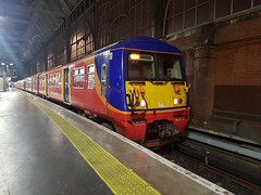 6015+5722 at London Waterloo working 2D59, the 1932 to Guildford via Epsom. (Conner Nolan) Tags: 6015 5722 455722 456015 class455 class456 southwesternrailway londonwaterloo
