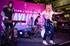 Katelyn Tarver 10/11/2018 #2 (jus10h) Tags: katelyntarver playlisted thegrove losangeles la nylon mag magazine citi privatepass caruso rewards shopping center live music free concert event performance park courtyard female singer young beautiful sexy talented artist nikon d610 2018 october thursday justinhiguchi
