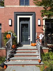 Chicago, Buena Park, Door with Halloween Decorations (Mary Warren 11.6+ Million Views) Tags: chicago buenapark neighborhood architecture house residence historic halloween ghosts pumpkins door entrance portal lamps stairs railing