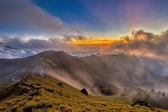 合歡山主峰~雲瀑夕彩~  Clouds Sunset (Shang-fu Dai) Tags: 台灣 taiwan 合歡山 主峰 3417m 雲海 雲瀑 cloudfall seaofclouds sunset hehuan nikon d800e afs1635mmf4 夕陽 landscape 南投 formosa 雲 雲彩 火燒雲 風景 天空 日落