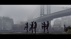 daily workout (Nico Geerlings) Tags: fog foggy mist imposing bridge dumbo brooklyn eastriver chinese exercise meditation ngimages nicogeerlings nicogeerlingsphotography newyorkcity cinematic cinematography streetphotography candid workout mood moody atmosphere fujifilmxt2 xf56mm silhouettes silhouette manhattanbridge warehouses