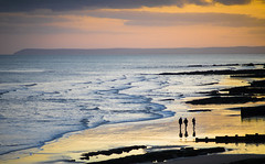 Golden low tide (Pan.Ioan) Tags: sea seascape seaside beach sky horizon waves nature sand silhouette outdoors sunset clouds walking idylic scenery beauty beautiful