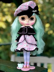 "Cream Cheese and Jam with Niblet. Her hair may feel like a Brillo pad but I sure love the colour! 💚 And I like her sweet ""Bloomsbury/Lolita"" combo look. 💖 (Painters Life) Tags: lolita greenhair creamcheeseandjam blythe takara"