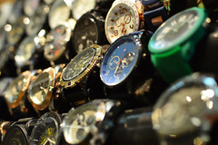 Watches for sale (radargeek) Tags: mall oklahomacity quailspringsmall watches display 2018 october oklahoma