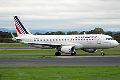 Air France Airbus A320 F-HEPJ (Sam Pedley) Tags: fhepj airbus a320 airfrance egcc man manchesterairport af1068 af afr skyteam rvp park runwayvisitorpark vehicle aircraft airplane airliner jet jetliner civilaviation passengeraircraft