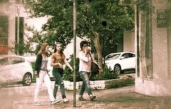 garotas (jakza - Jaque Zattera) Tags: street mulheres três garotas pessoas cotidiano