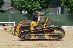 1914-1918 - Renault FT17 (2) (Breizh56) Tags: france saumur carrouseldesaumur2018 pentax 19141918