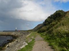 Coastal path to Nigg Beacon, Aberdeen, Sep 2018 (allanmaciver) Tags: nigg beacon siuth breakwater aberdeen north east sea walk path lower dark clouds warm sunshine change weather wind scotland allanmaciver