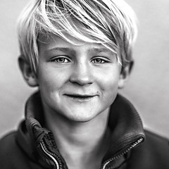look like painting (kim groenendal) Tags: photography boymodel blackandwhiteportrait canon dutch closeup zoomnl jacket eyes jongens look blond close strong camera fotoshoot dutchconnection childphotography children kids photoshop