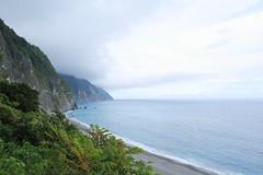 IMG_0034 (Ethene Lin) Tags: 清水斷崖 崇德休憩區 中央山脈 太平洋 雲層 海灘 沙灘 海浪