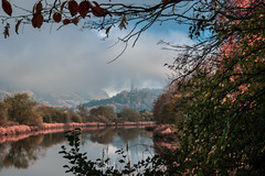 Forth Fog - 01 Nov 2018 - 49-Edit.jpg (ibriphotos) Tags: sunshine autumn blue scotland wallacemonument river forthvalleycollege mist stirling riverforth fog scotlandslandscape weather ochilhills