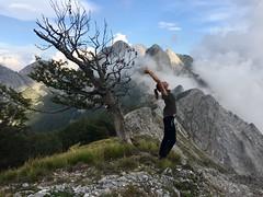 Flexi (pepe50) Tags: pepe50 2018 flickr flessioni apuane grondilice cresta faggio angelina montecontrario mountain contrario marmo flexi nuvole montagna leisure party funny marble