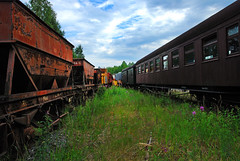 (Sameli) Tags: old abandoned rusty rust train trains railway car ue urbex urbanexploration railroad suomi finland