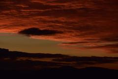 DSC_0531 (griecocathy) Tags: paysage coucher soleil ciel montagne nuage orange noir marron vert bleu beige