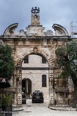 10042016-IMGP4775 (Mario Lazzarini.) Tags: castle castello arco architettura historic old stemma conversano puglia italy