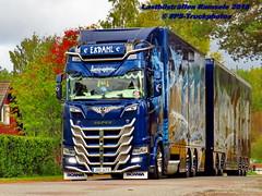 IMG_1679 LBT_Ramsele_2018 pstruckphotos (PS-Truckphotos #pstruckphotos) Tags: pstruckphotos pstruckphotos2018 lastbilsträffen lastbilsträffenramsele2018 ekdahl ralfekdahltrucking ekdahlmiljö arcticgriffin truckpics truckphotos lkwfotos truckkphotography truckphotographer truckspotter truckspotting lastwagenbilder lastwagenfotos lbtramsele lastbilstraffenramsele lastbilsträffenramsele truckmeet truckshow ramsele sweden sverige lkwpics schweden lastbil lkw truck lorry mercedesbenz newactros truckfotos truckspttinf truckphotography lkwfotografie lastwagen auto