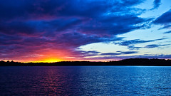 Half a Sunset is better than none !! (Bob's Digital Eye) Tags: bobsdigitaleye canon canonefs1855mmf3556isll clouds cloudscape flicker flickr glow h2o laquintaessenza lake lakesunset lakesunsets lakescape landscape outdoor reflection sep2018 skies sky skyline skyscape sun sunset sunsetsoverwater t3i water silhouettes