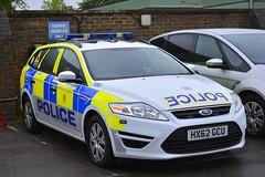 HX62 GCU (S11 AUN) Tags: hampshire constabulary police ford mondeo estate dog section policedogs dogsupportunit dsu response van 999 emergency vehicle hx62gcu