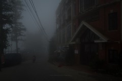 Grand view Sapa Hotel (aniawagner) Tags: fog morning sapa vietnam monochrome street